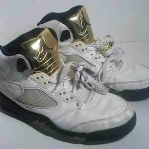 Air Jordan 5 gold coin size 8